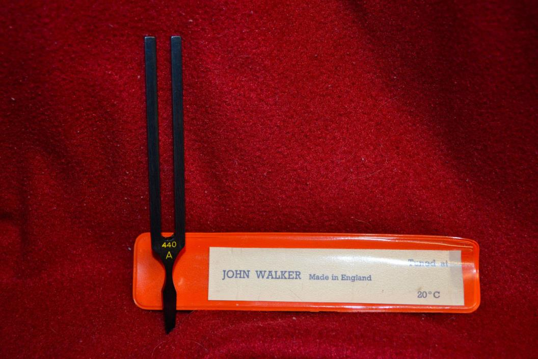 BLACK METAL TUNING FORK WITH POUCH MADE  ENGLAND JOHN WALKER A-440 MINT