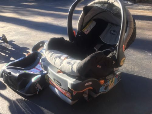Huge Lot of Baby Items-Car seat/ Crib/ Stroller/ Bouncer/ Swing & More. See Pics
