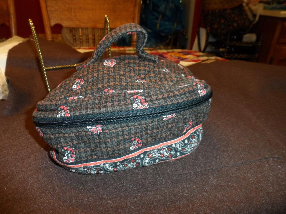 Vera Bradley Home and away round cosmetic bag in retired Provencal