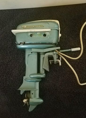 Vintage 1957 Gale outboard toy boat motor Japan comes with boat