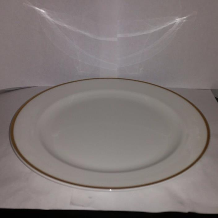Wedgwood Fine China White Gold Dinner Plate New  For Fine Hotels and Restaurants