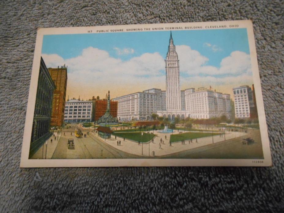 POST CARD - ( C )  UNION TERMINAL BUILDING - CLEVELAND, OHIO