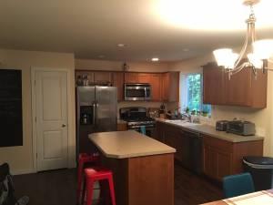 Room for Rent (Bellingham) $500 200ft 2