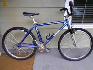 TREK Mountain Bike (Newberg)