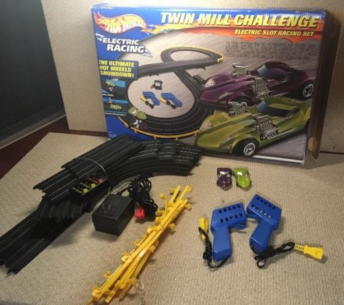 Vintage Hot Wheels Electric Slot Car Track Twin Mill Challenge