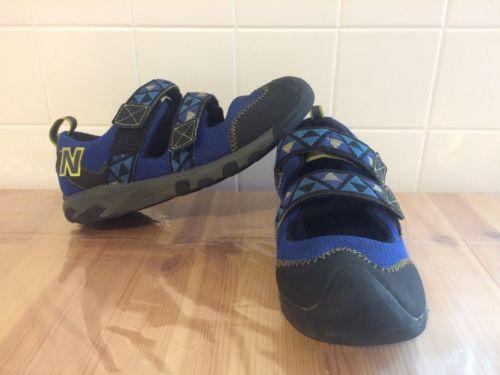 New Balance Sandals Boys/Girls sz. 6.5