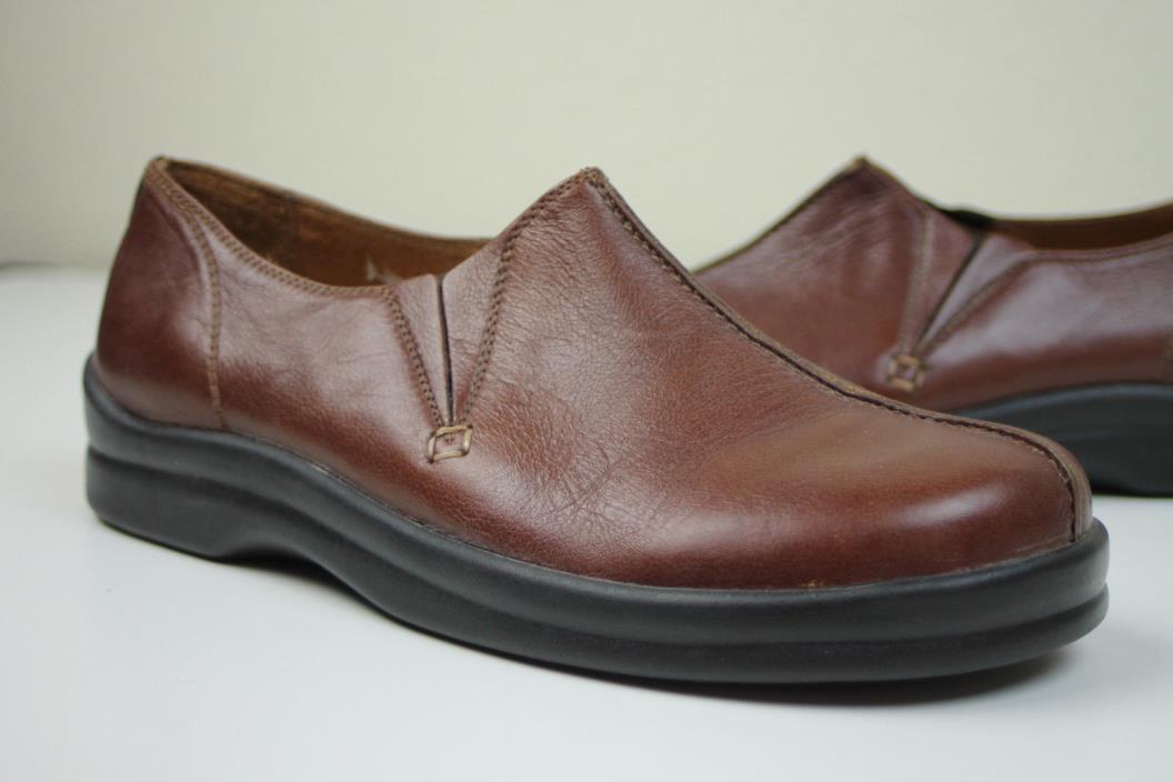 Nice! Footprints Birkenstock Womens 40/9-9.5 Narrow Brown Leather Slip On Loafer