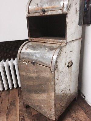 Antique/vintage metal cabinet