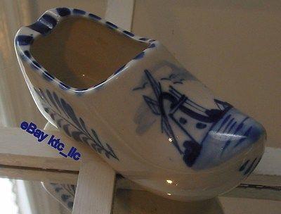 estate: ROYAL DELFT BLUE windmill & floral CLOG shoe ASHTRAY Holland