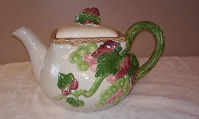 Fitz & Floyd Bordeaux Grapes Teapot