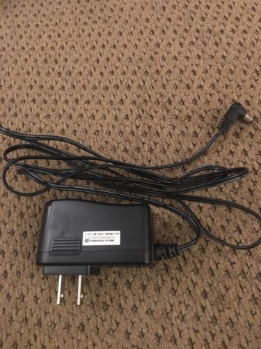 Genuine CGE AC Adapter PA009UG01 9V  DC 1A Audiovox Power Supply Cord Charger