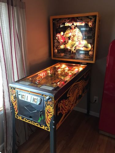 Bally's Lost World Pinball Machine - Excellent Condition