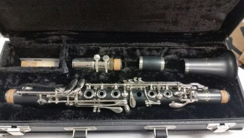 Vito Eb Clarinet Outfit