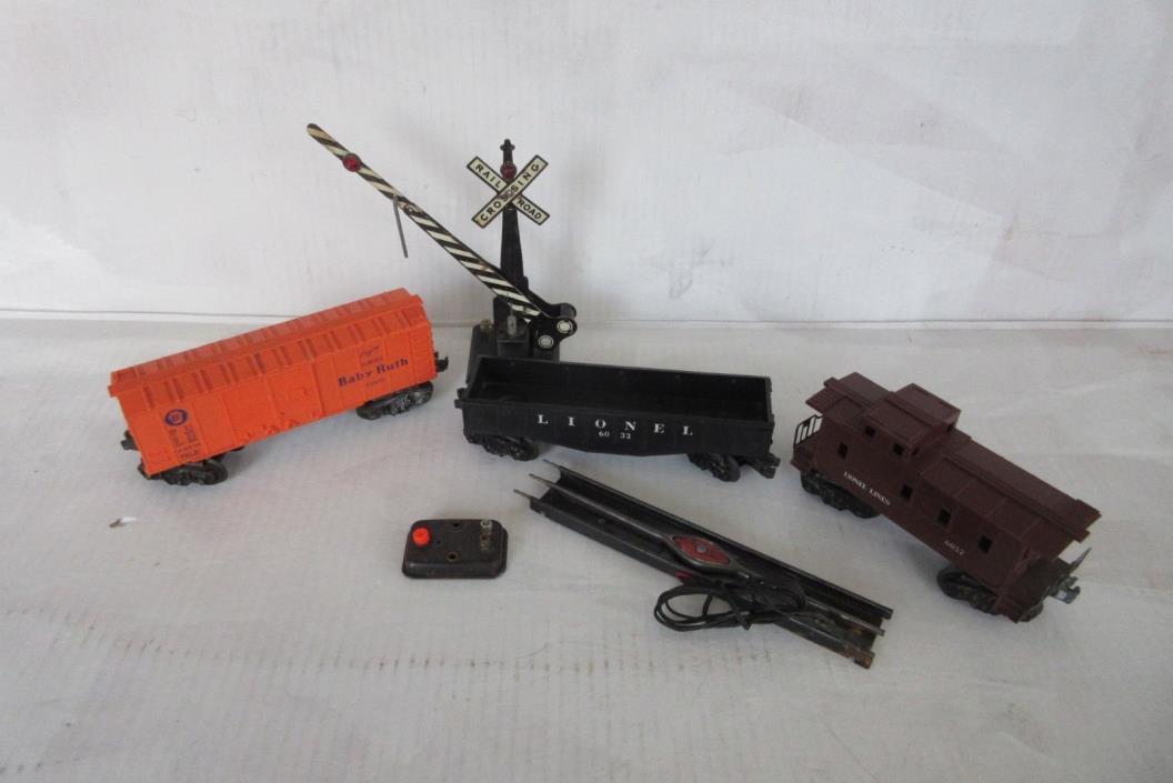 Vintage Lionel Train Items