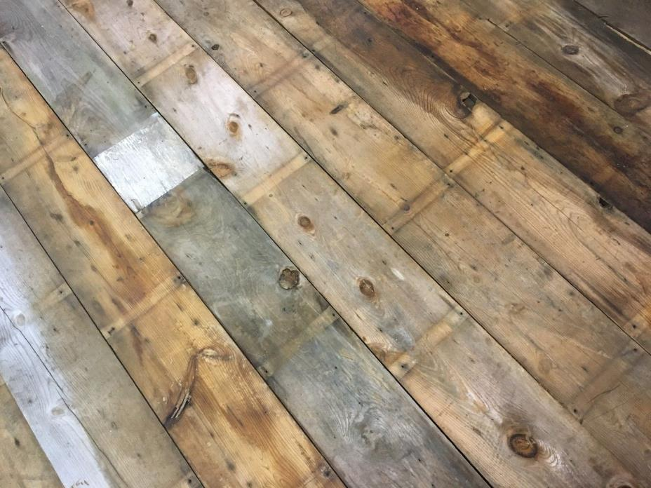 100 sq ft Rustic Reclaimed Barn Wood Wall, 1916 Reclaimed Salvage