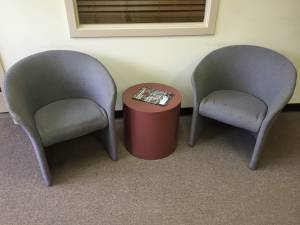 Two chairs and stand (Rio West)