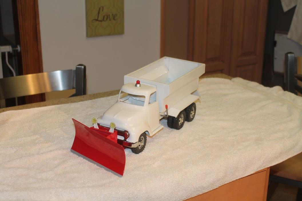 CUSTOM TONKA SNOW PLOW / SALT TRUCK  ALL STEEL TRUCK AND BED PLOW ETC