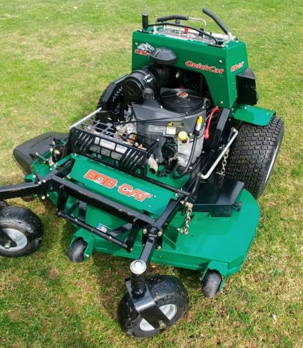 BOB-CAT Quick Cat Stand On Zero Turn Mower 52