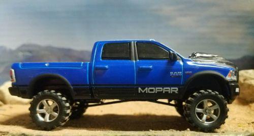 2017 1/64 Custom DODGE RAM MOPAR mud Hemi 4x4 Truck Ertl farm Cummins DCP sport
