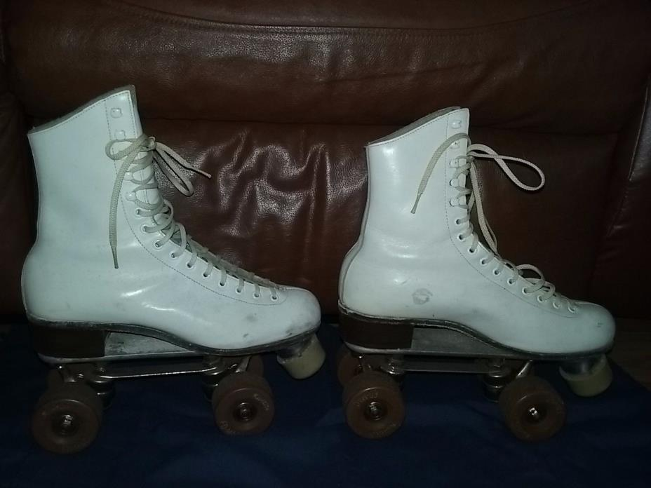 Women Riedell Roller Skates Size 7