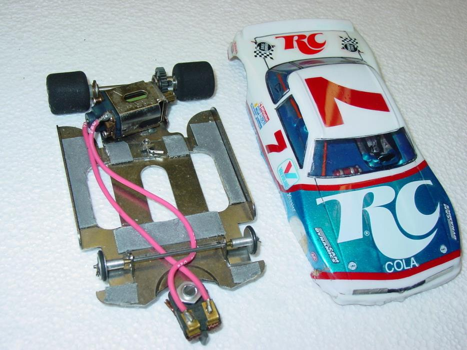 CHAMPION TURBO 1/24 FLEXI RTR S-16D MOTOR BRACING PAINTED RC COLA BODY 1/8 AXLE