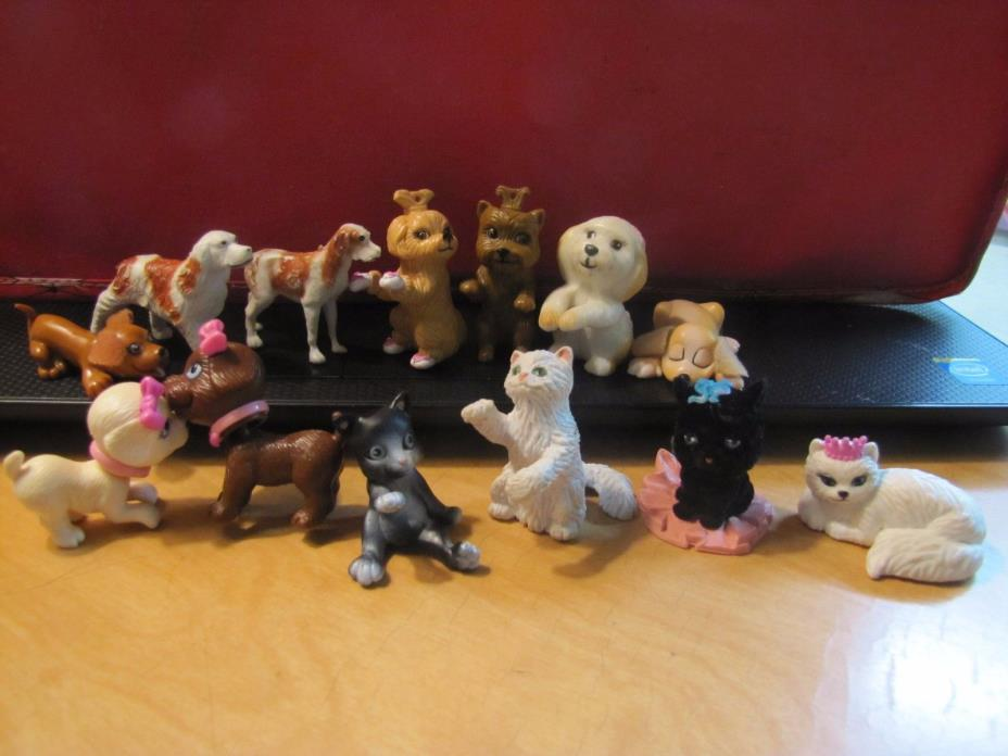 Lot of 12 Mini Plastic CATS & DOGS kittens & puppies Collection