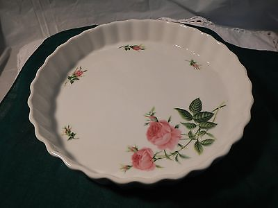 Christineholm White Porcelain Torte Tart Pie Pan Quiche Baking Dish Fluted Rose