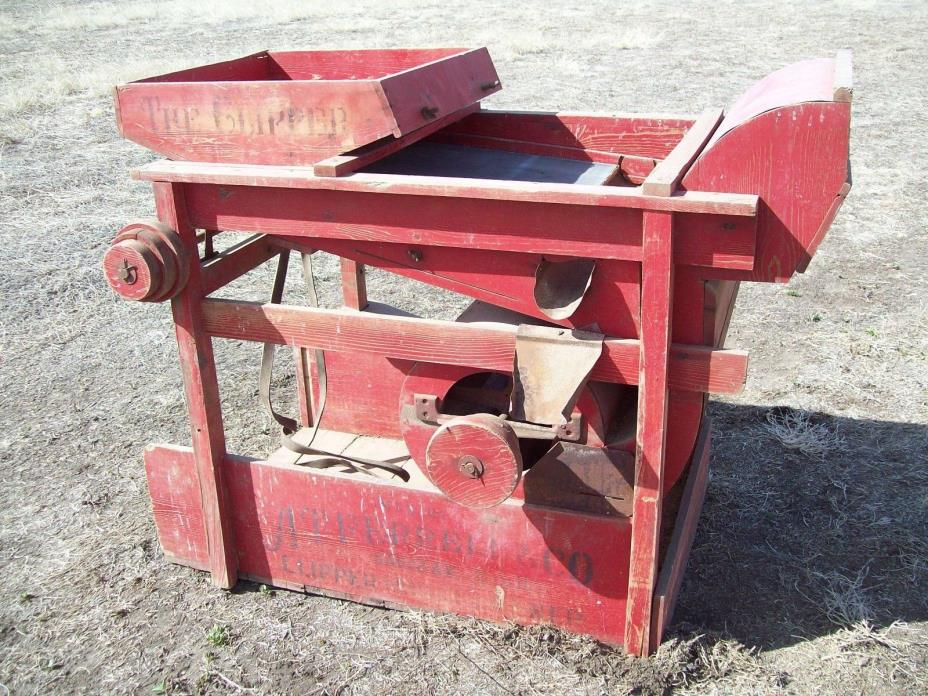 A.T. Ferrell & Co. The Clipper No. 2B Special Grain Seed Cleaner Saginaw Mich.