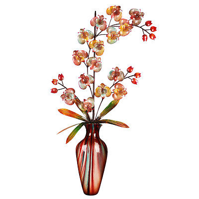 Hazelwood Home Floral Themed Vase Wall Décor