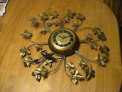 Vintage Retro United Wall Clock