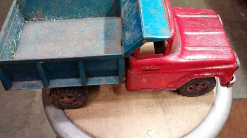 Vintage Tonka Toys  Toy Dump Truck