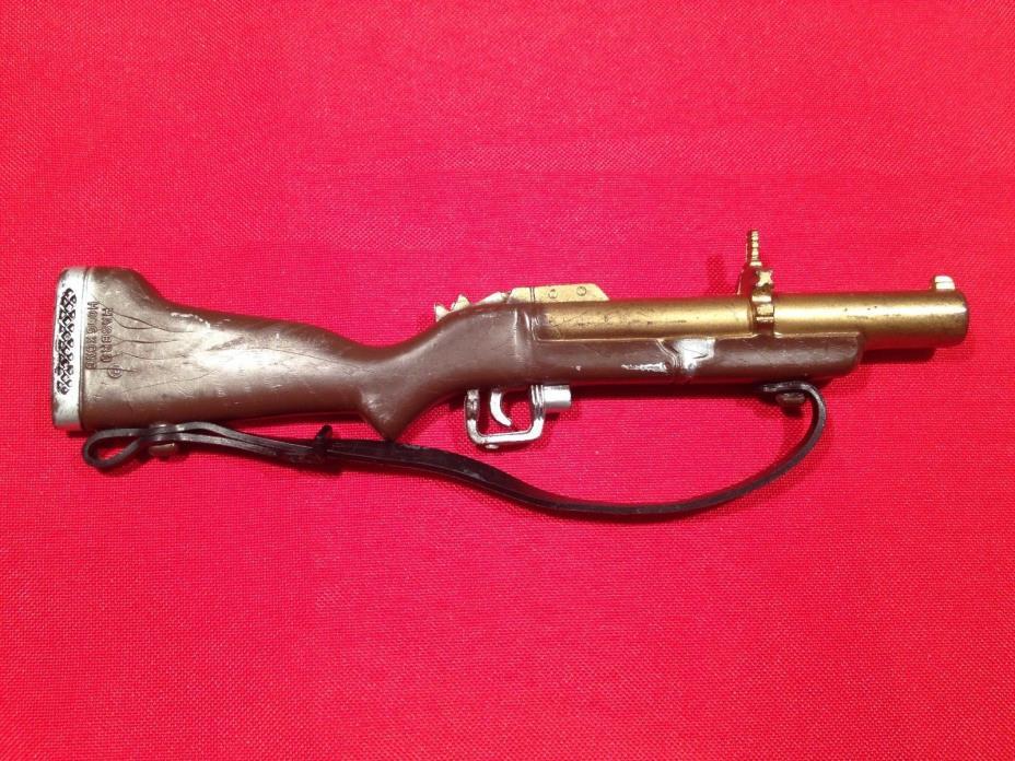 ** 1964-1976 GI JOE CANADA ** 1960's Vintage GI Joe Action Man Grenade Launcher