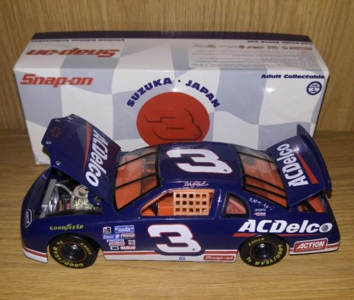 DALE EARNHARDT 1996 ACTION SNAP-ON EDITION AC DELCO SUZUKA JAPAN 1/24 SCALE CAR.