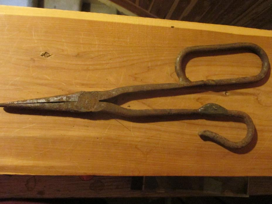 ANTIQUE PLIERS CLIPPERS TONGS BLACKSMITH HAND FORGED