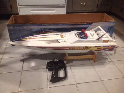 shockwave 36 Inch Gas Powered rc boat Remote Controlled Pro Boat With Box