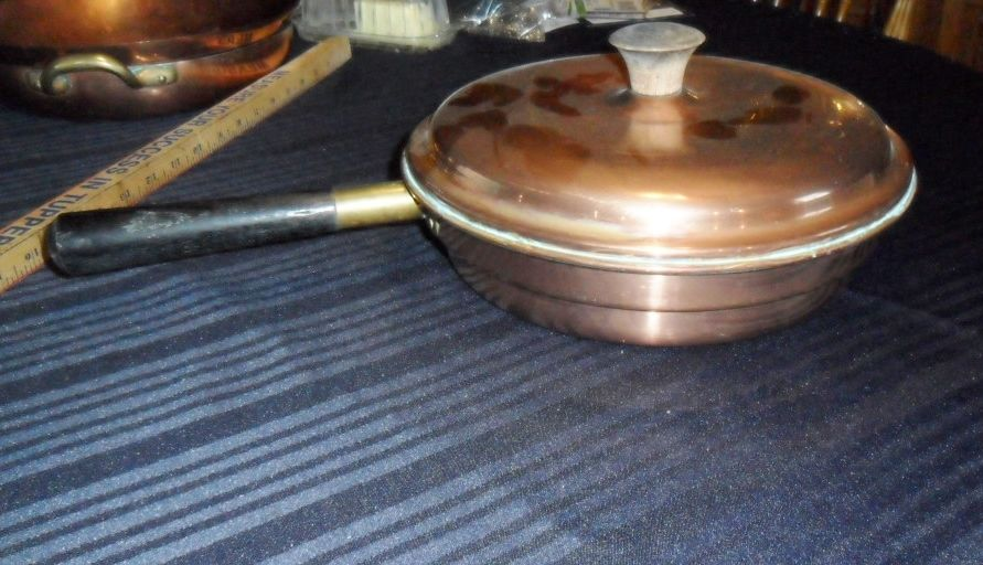COVERED COPPER PAN  B & M MADE IN PORTUGAL