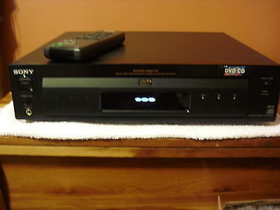 Sony DVP-S7000 CD/ DVD Player WITH REMOTE