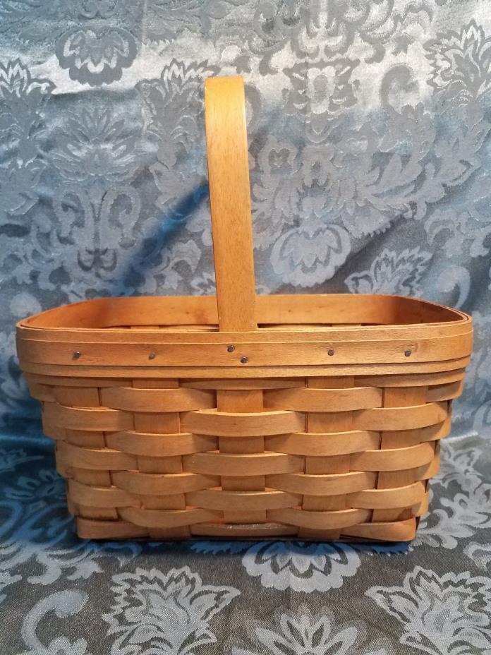 Longaberger basket with handle  2006