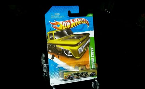 2011 Hot Wheels TREASURE HUNT Custom '62 CHEVY TRUCK  #4 Gold Surfboard NMC