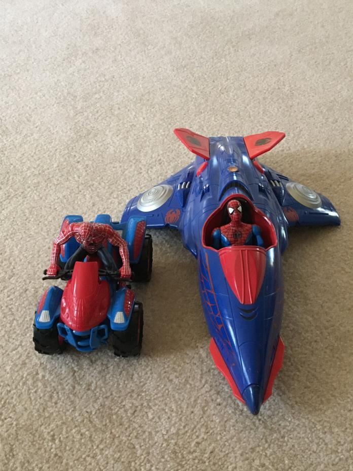 Spiderman Figures with Plane and 4-Wheeler