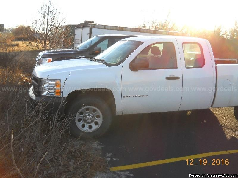 2008 Chevrolet Silverado 1500 Work Truck Ext. Cab Std. Box 4WD