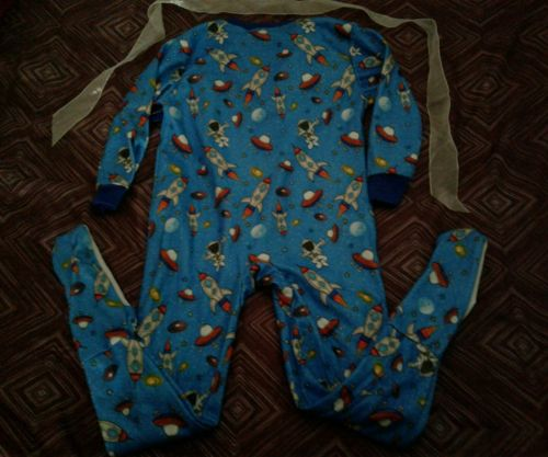 4T BOYS SCIENCE ROCKETS Spaceships PJS FOOTED ZIPPERS ONESIE New  Item