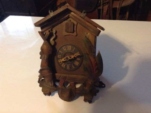 Vintage, very cute, dinky size, GERMAN Cuckoo Clock