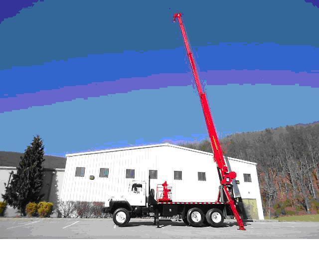 RO 110 Crane Truck