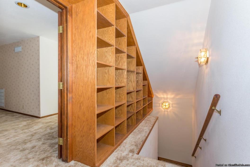 SIX Car Garage!!  Amazing Home! Indoor Sauna!