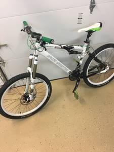 Rocky Mountain Element XC mountain bike