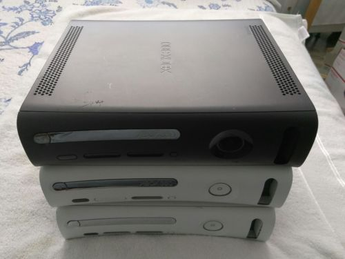 Lot Of 3 Xbox 360 Consoles Broken AS-IS