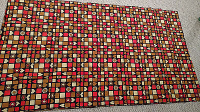 1970s Mod Hippie Flower Power Daisy Hearts Fabric 78x 44