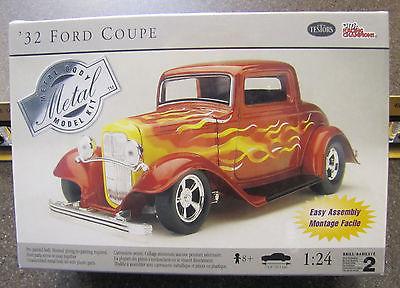 1/24 Testors Racing Champions #7167 1932 Ford Custom Coupe MISB