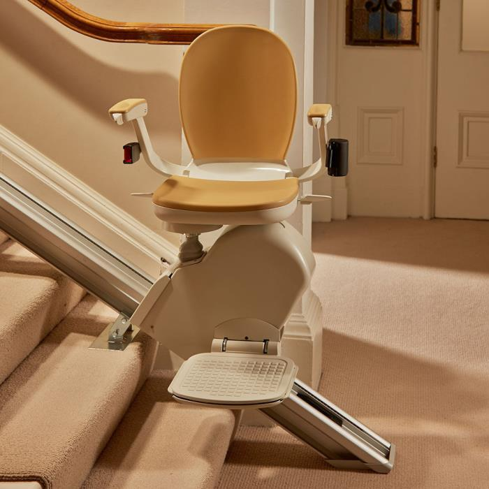 New Brooks Stairlift Right Hand Straight w/Remote Control NIB Chair Stair Lift